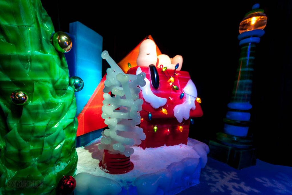Gaylord Palms ICE Peanuts 2016 Snoopy Sleeping