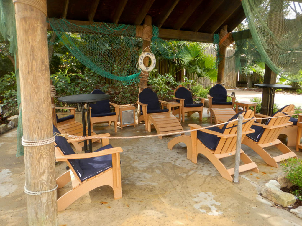 Typhoon Lagoon Beach Comber Shack 20
