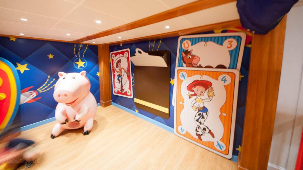 Wonder Oceaneer Club Andy's Room Corner
