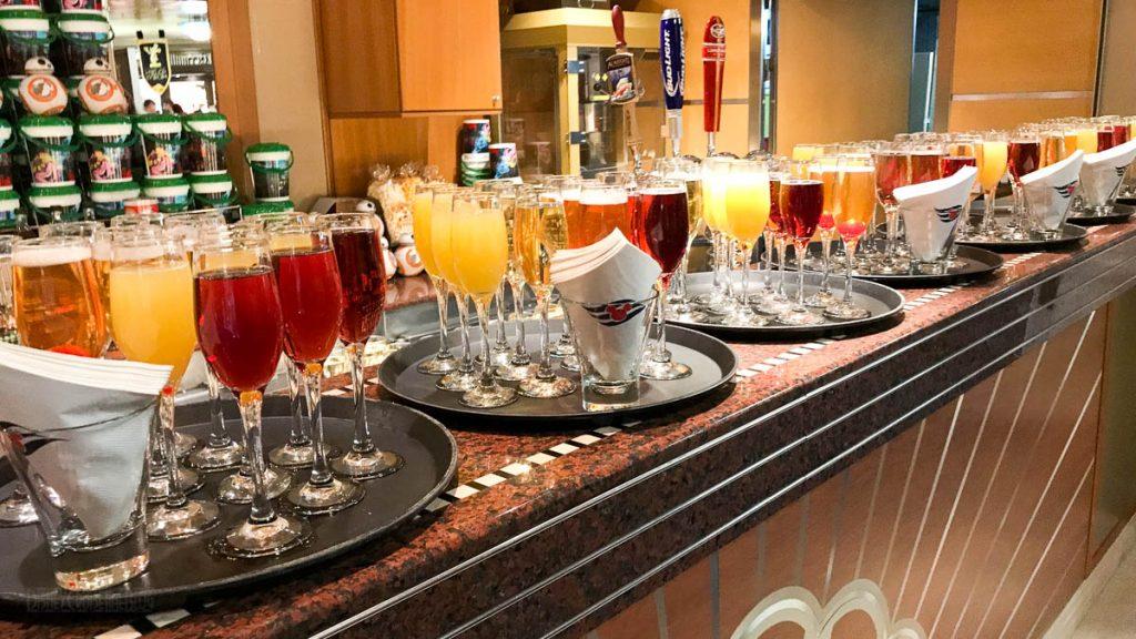 Castaway Club Reception Drinks