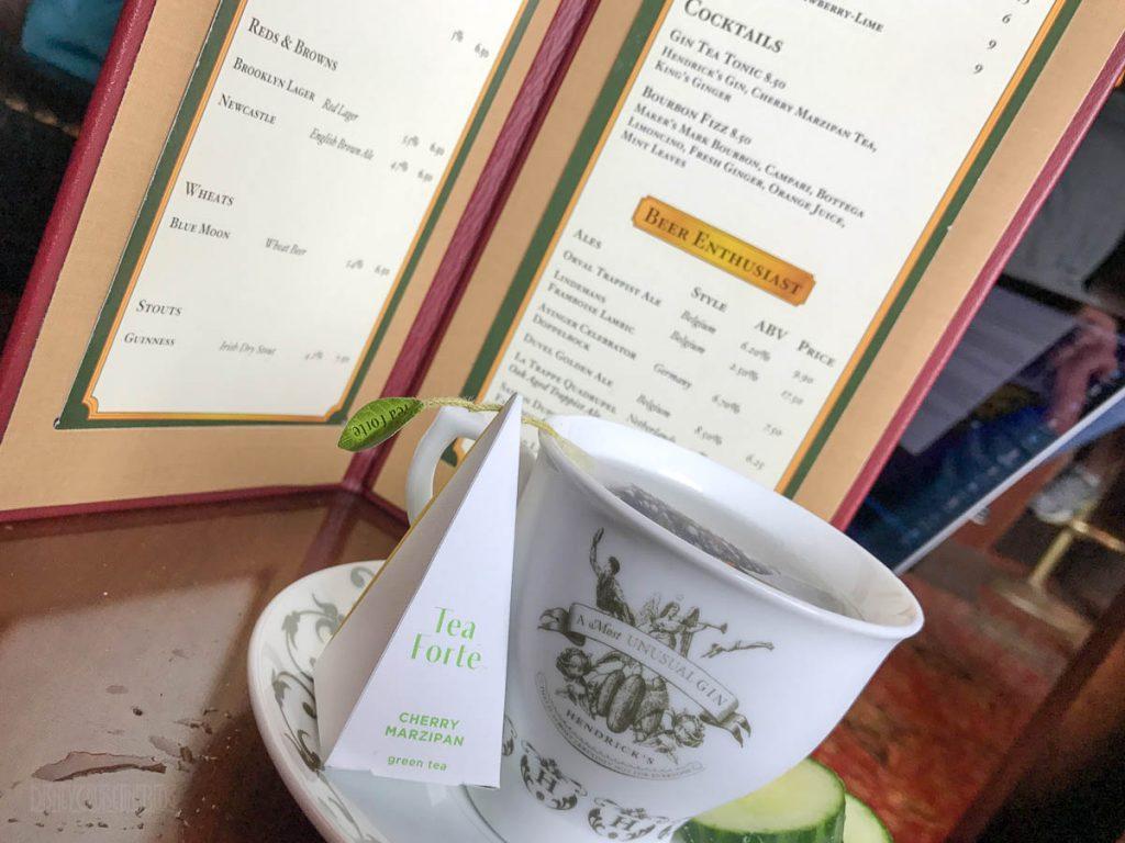 Crown & Fin Pub Gin Tea Tonic