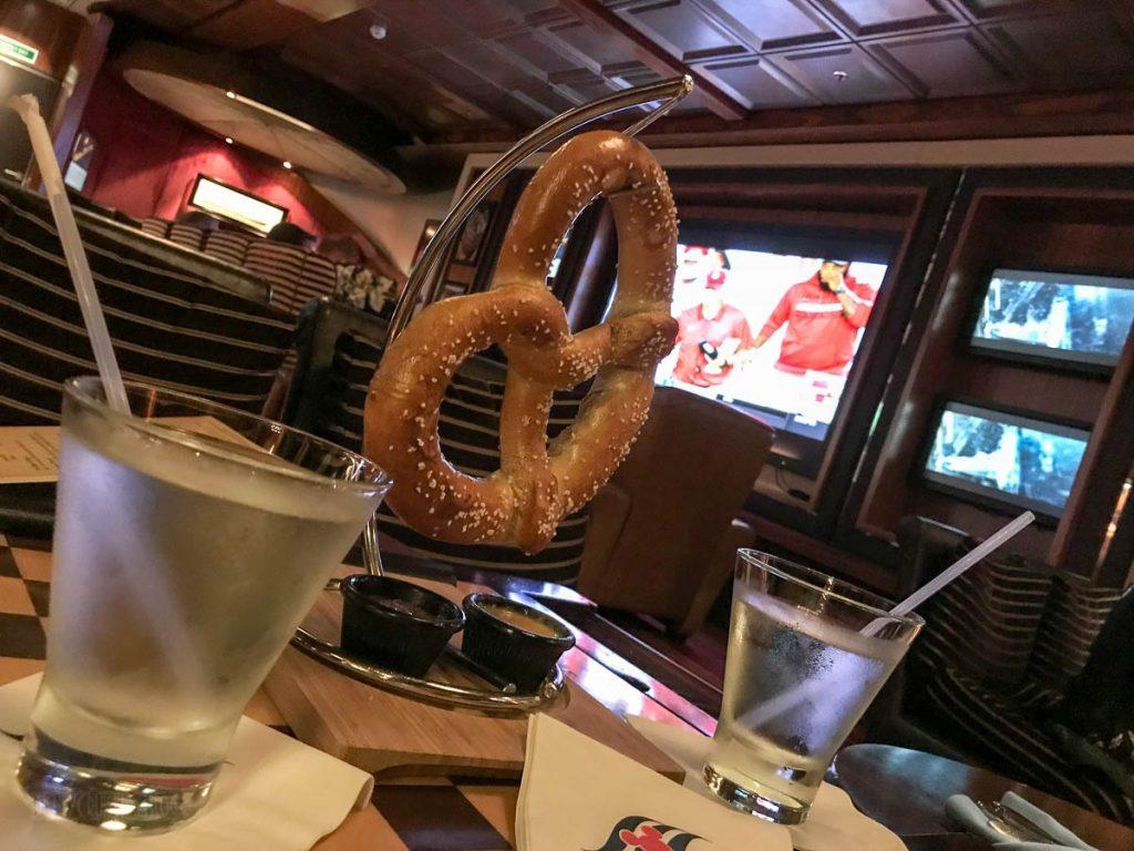 Dream 687 Pub Pretzel