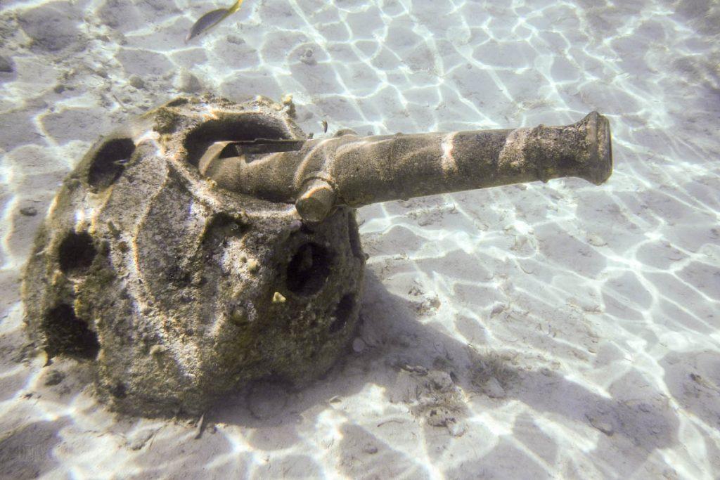 Castaway Snorkeling Lagoon Treasures Cannon