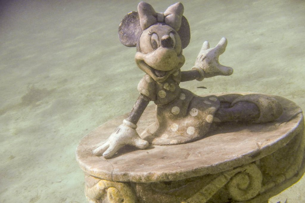 Castaway Snorkeling Lagoon Treasures Minnie Mouse