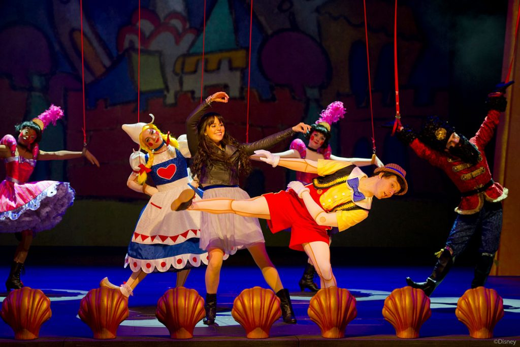 DCL Disney Wishes Pinocchio Ive Got No Strings Closeup