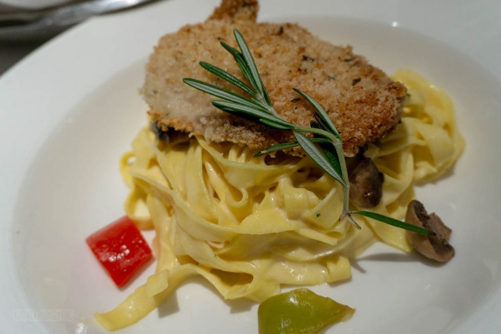Captains Gala Fettuccine With Parmesan Crusted Chicken