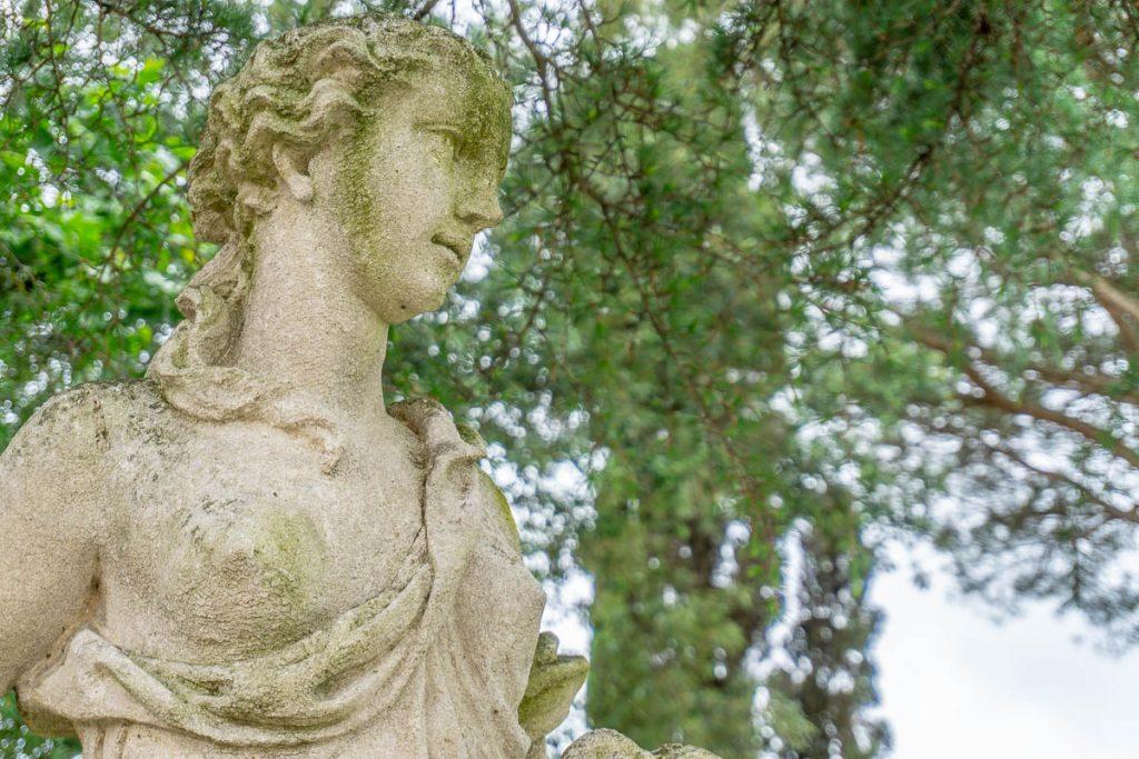 LV100 Torre A Cenaia Sculpture