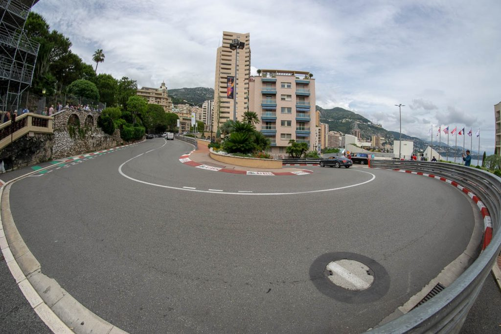 Monte Carlo Hairpin Turn
