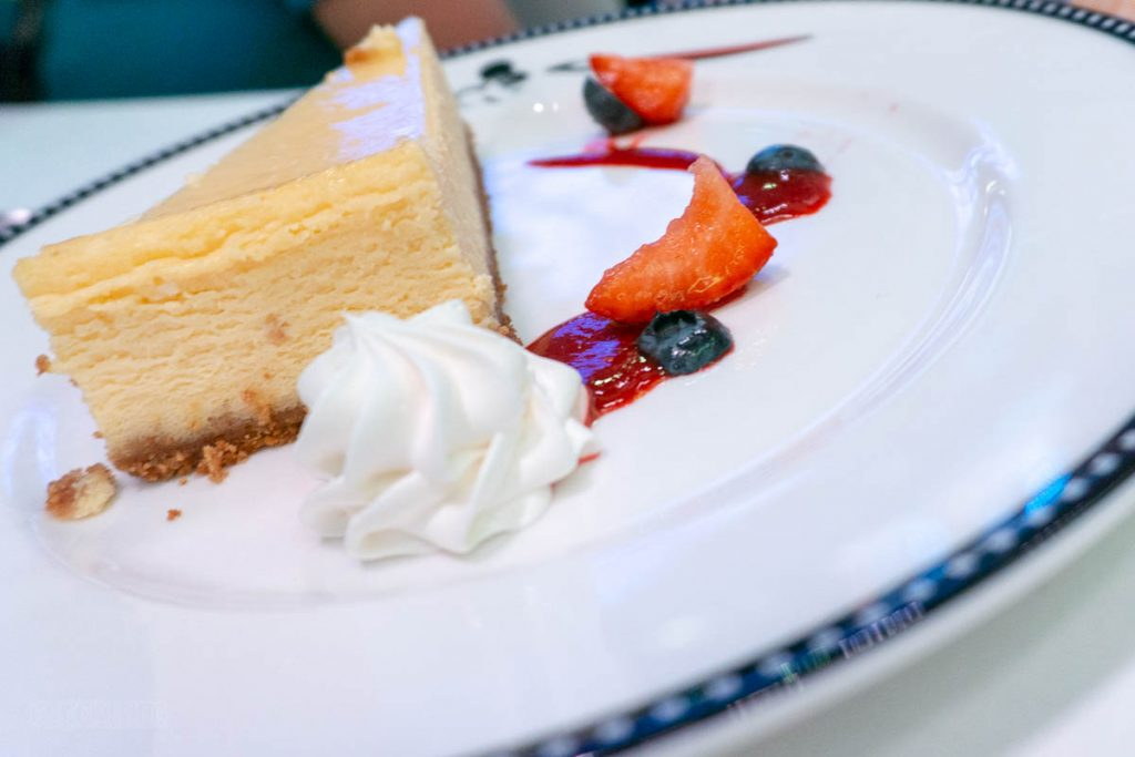 World Of Flavor USA Baked New York Cheesecake