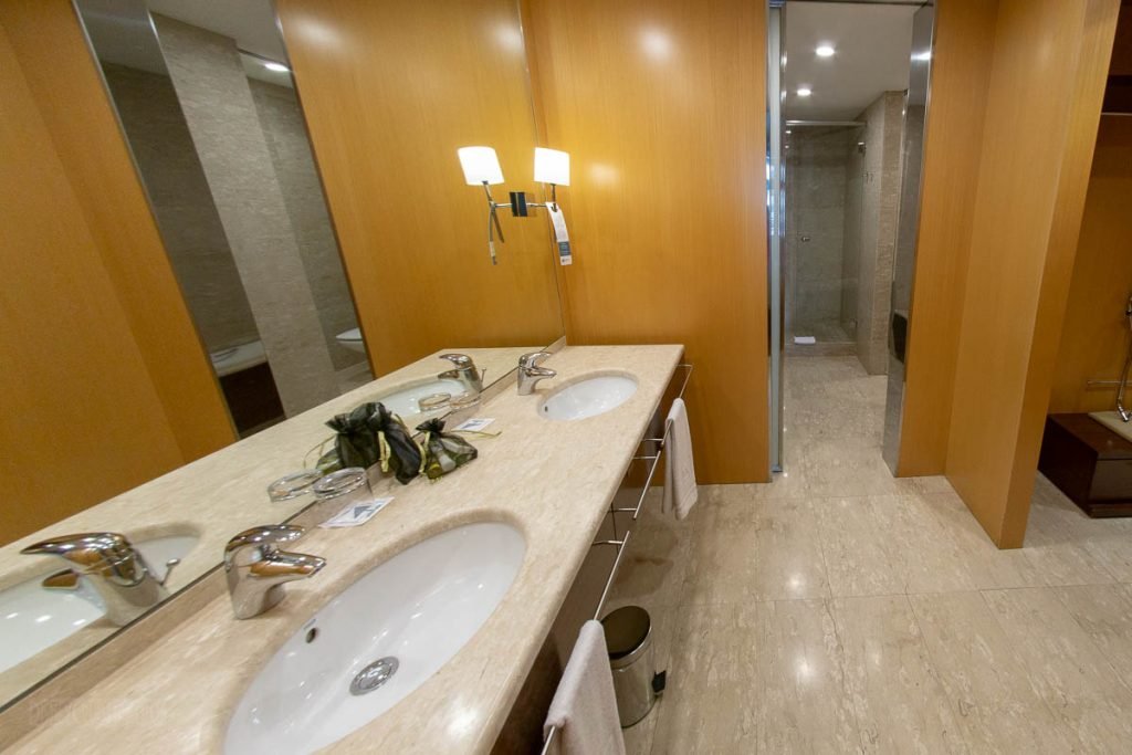 Eurostars Grand Marina Junior Suite Sink