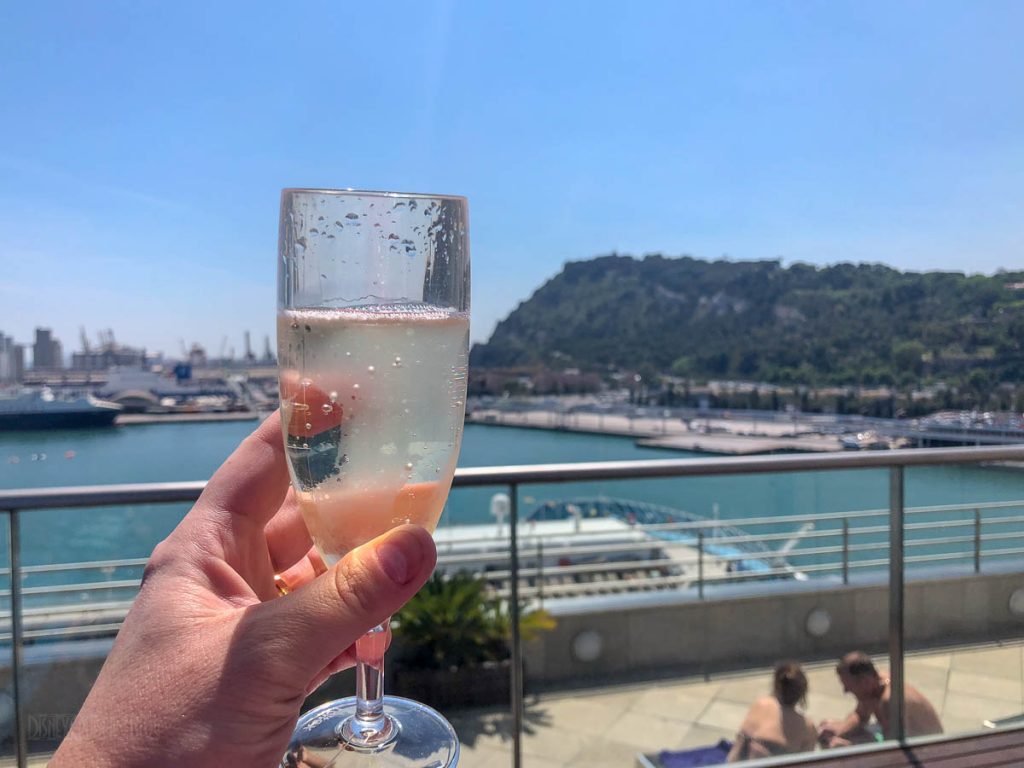 Eurostars Grand Marina Rooftop Welcome Cava