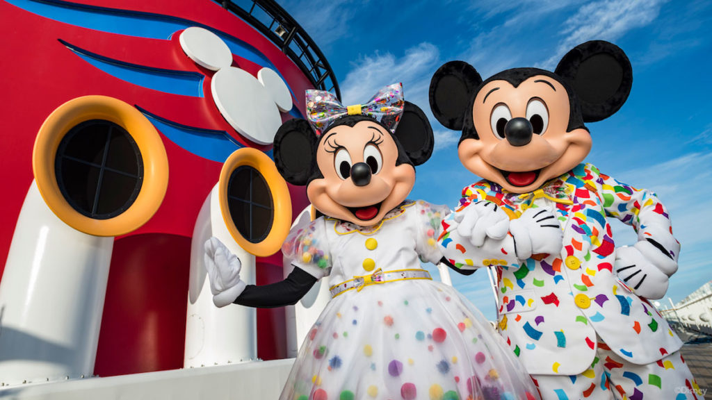 Mickey Minnie Surprise Party At Sea