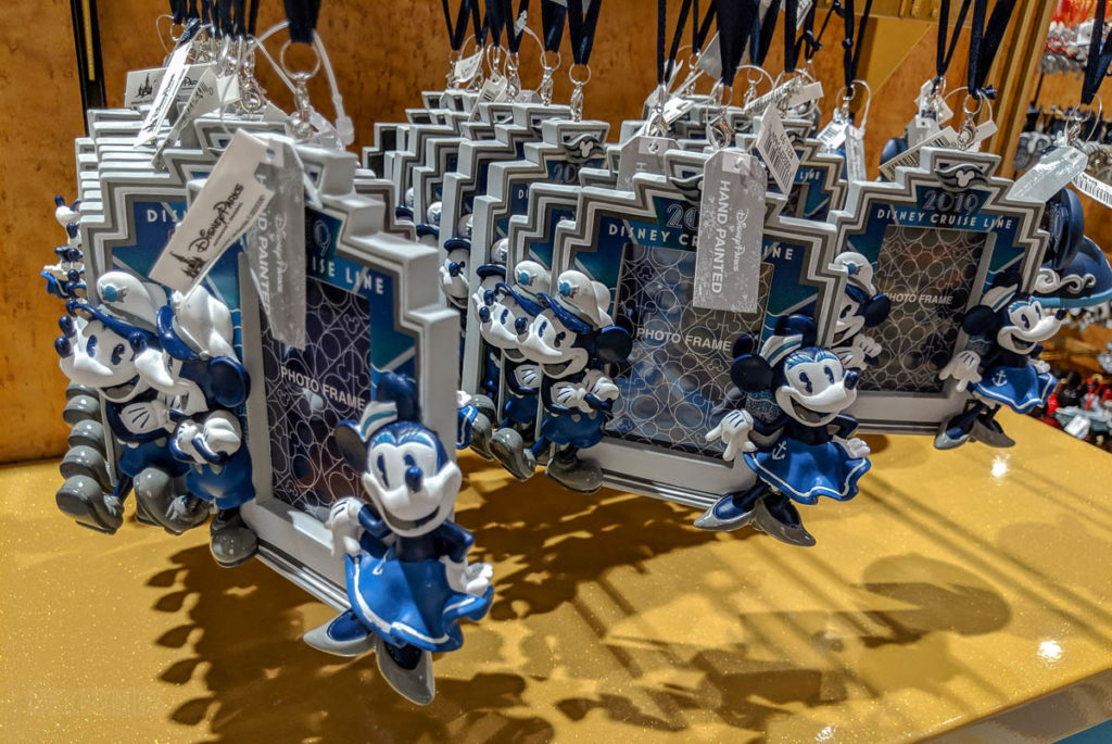 DCL 2019 Merchandise Photo Frame Ornament