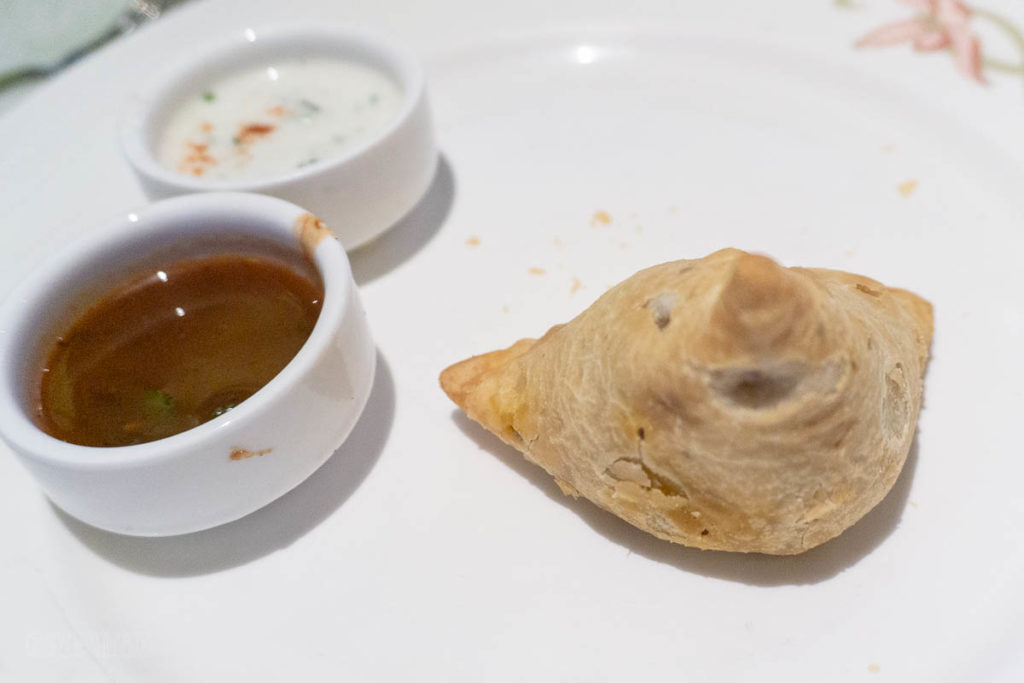 Pirates Dinner Sri Sumbhajees Vegetable Samosa