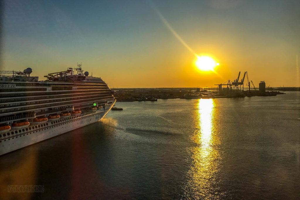 Port Canaveral Sunrise Carnival Breeze