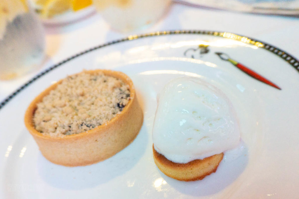 Animator's Palate Fairbanks Blueberry Crumble Tart