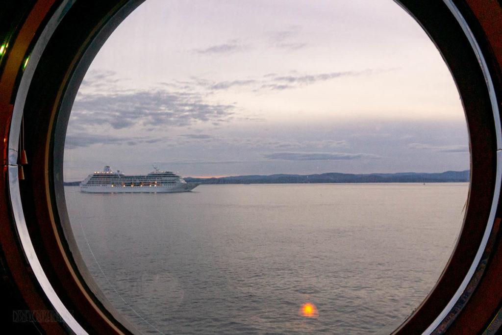 Cadillac Lounge Porthole Ship