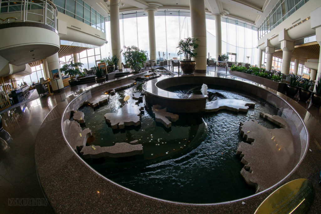 Pan Pacific Hotel Lounge Fountain