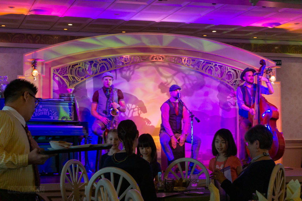 Tiana's Place Mardi Gras Crawfish Crooners