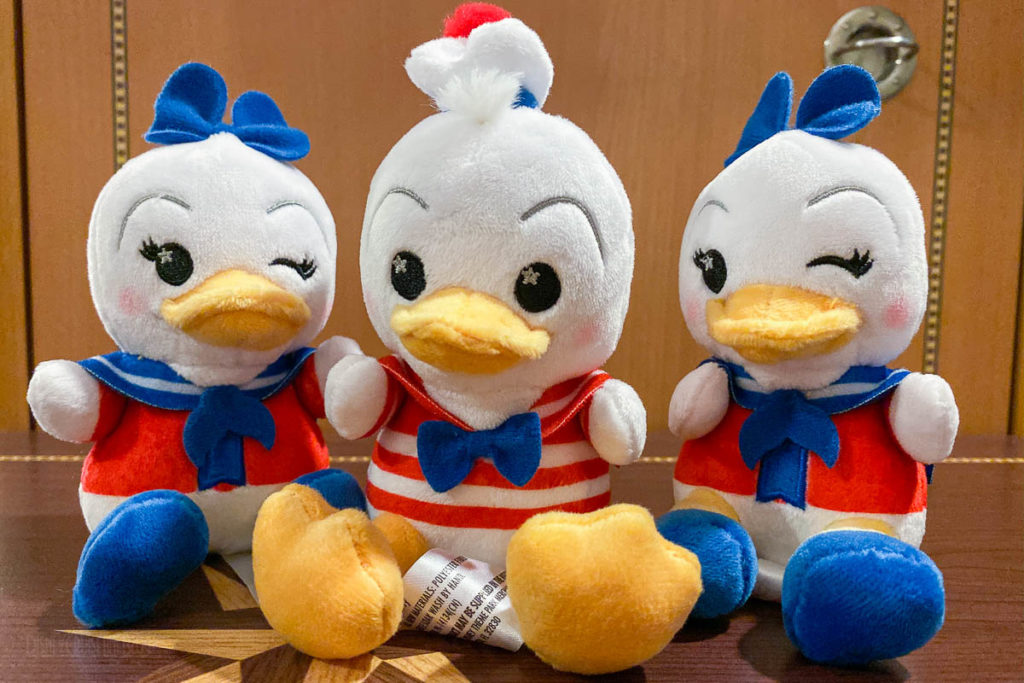 DCL Wishables Donald Daisy Duck