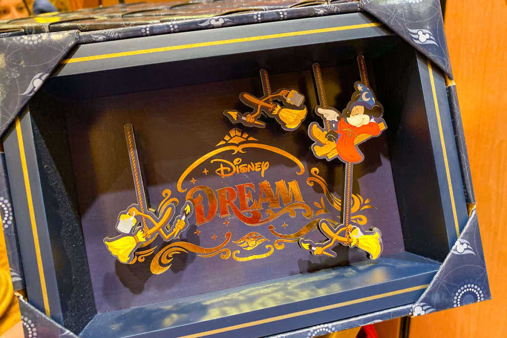 Disney Dream Merchandise 3D Stern Characters