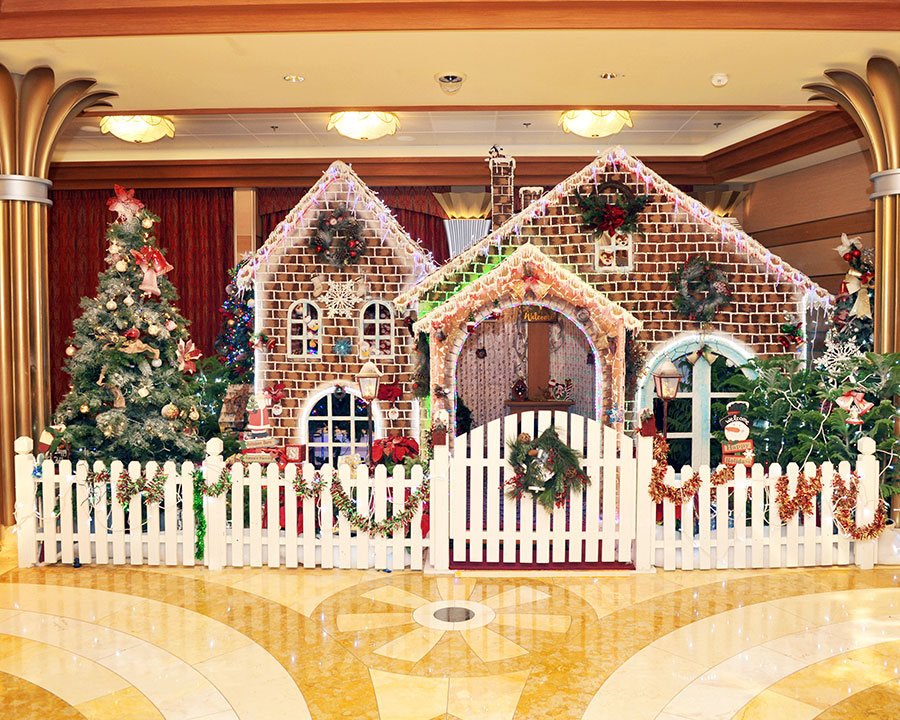 DCL Gingerbread Houses 2019 Dream