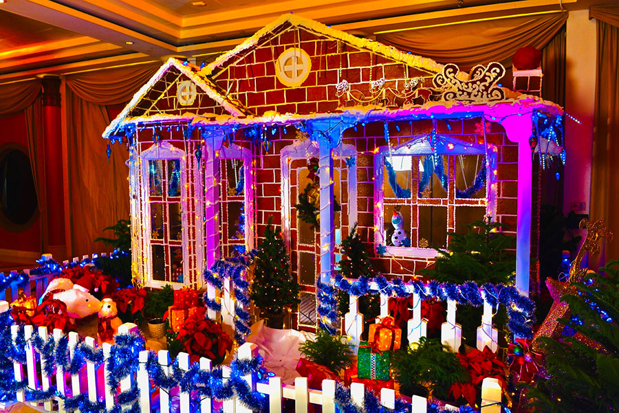 DCL Gingerbread Houses 2019 Magic