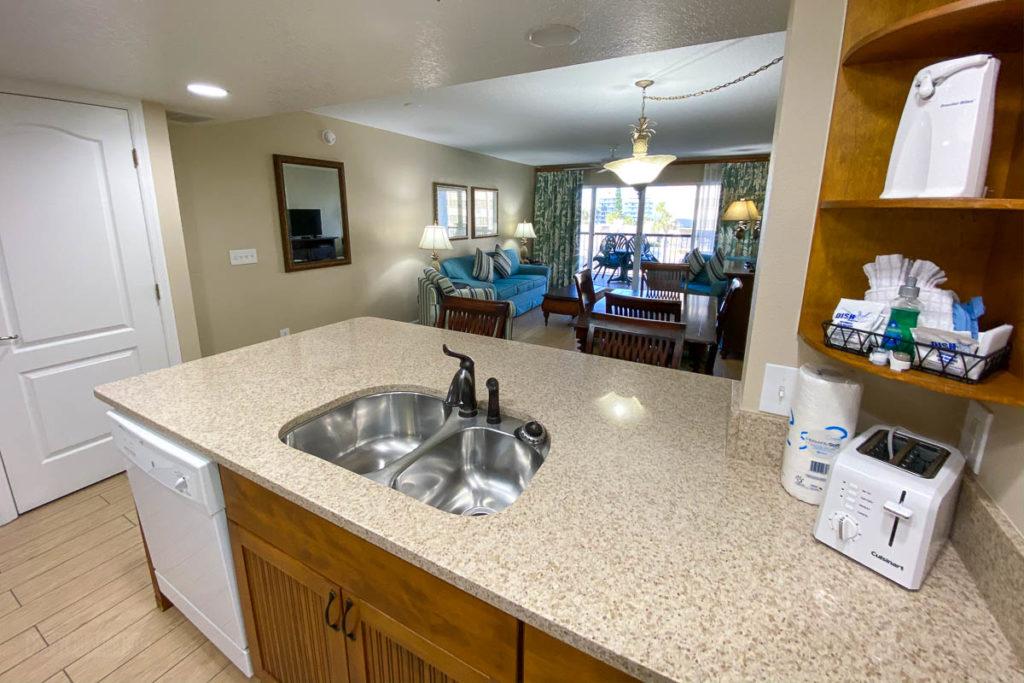 Resort On Cocoa Beach Kitchen