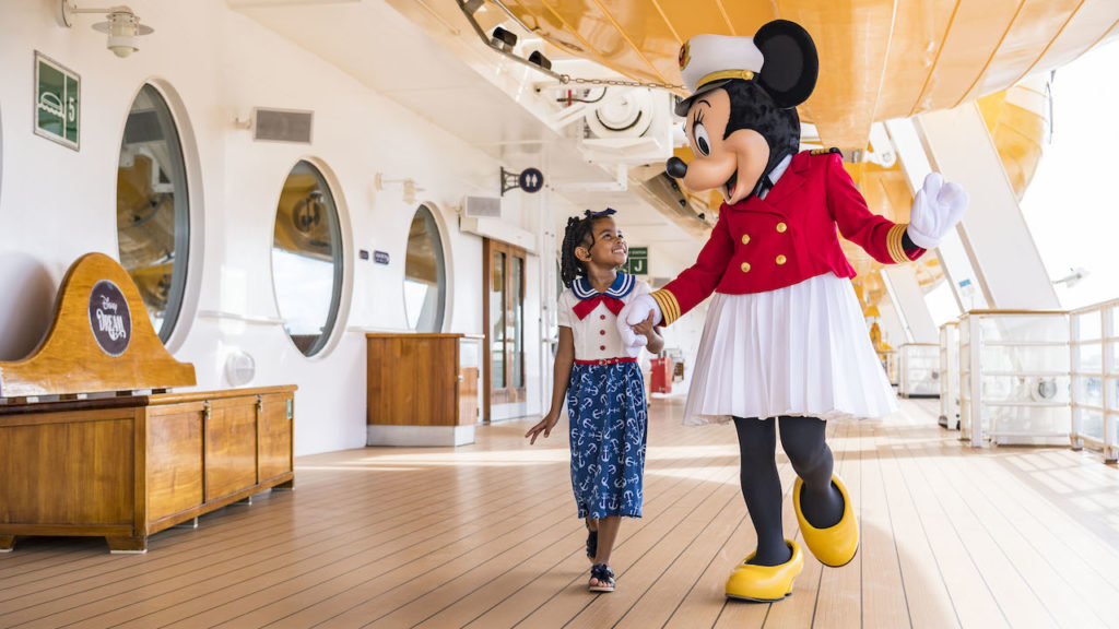 Sail Away Minnie Collection 1