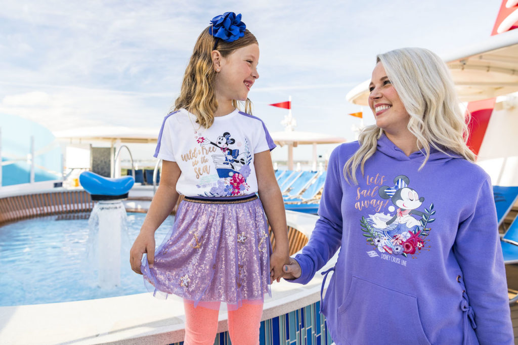 Sail Away Minnie Collection 5
