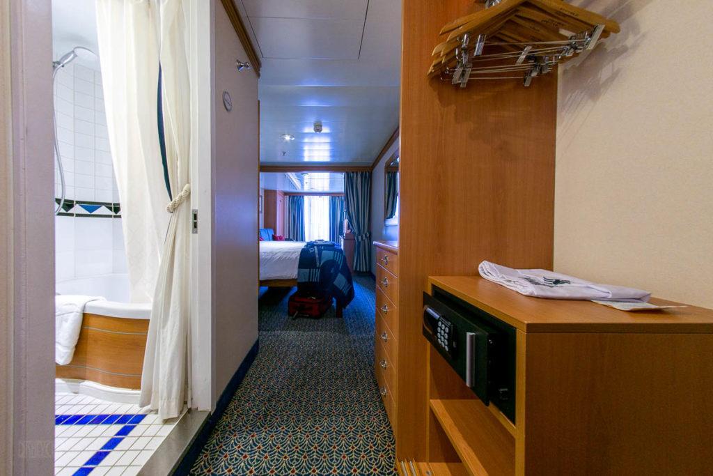 Disney Magic 4E Stateroom 8598 Closet Safe