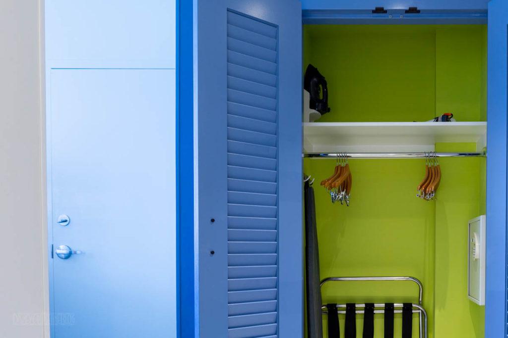 Sapphire Falls Kids Suite Closet