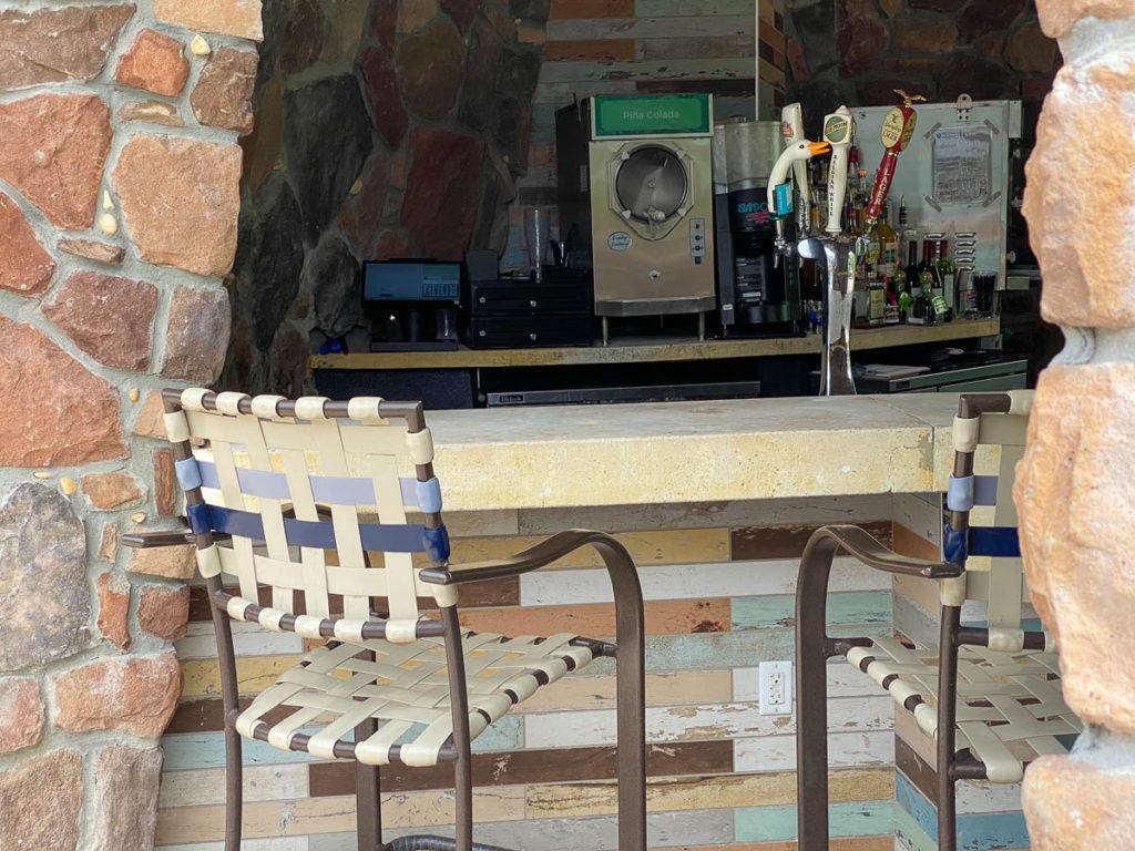 Sapphire Falls Pool Drhum Club Bar