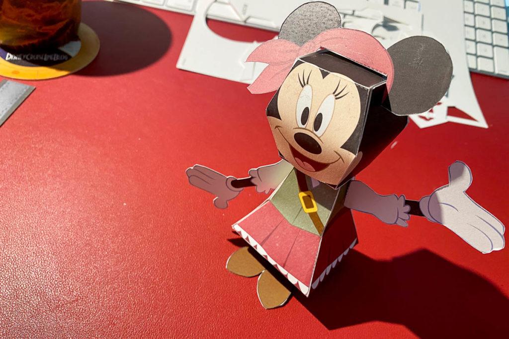DCL 3D Paper Craft Pirates Minnie Assembled