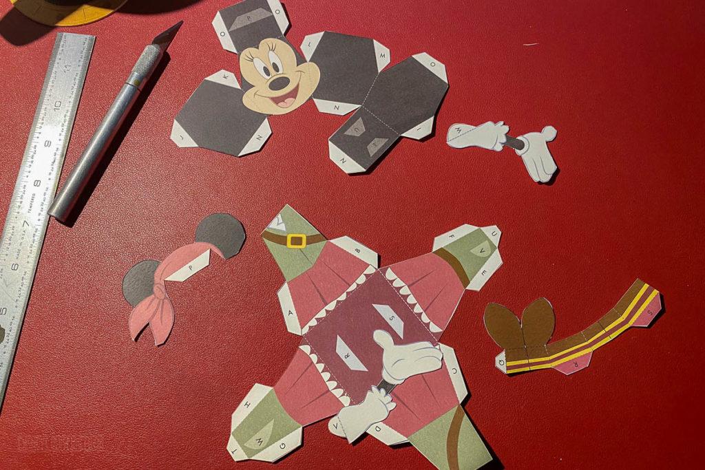 DCL 3D Paper Craft Pirates Minnie Cut