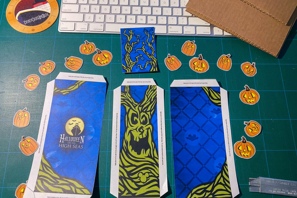 DCL DIY Halloween Tree Book Nook Cut Outs