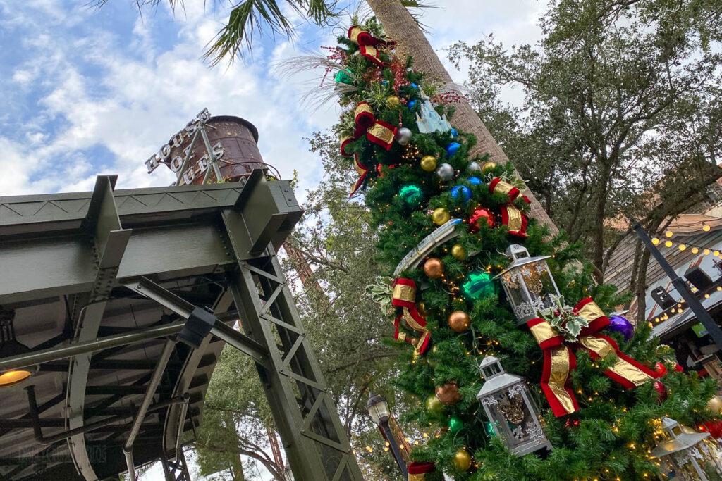Disney Springs Christmas Tree Stoll 2020 Disney Parks