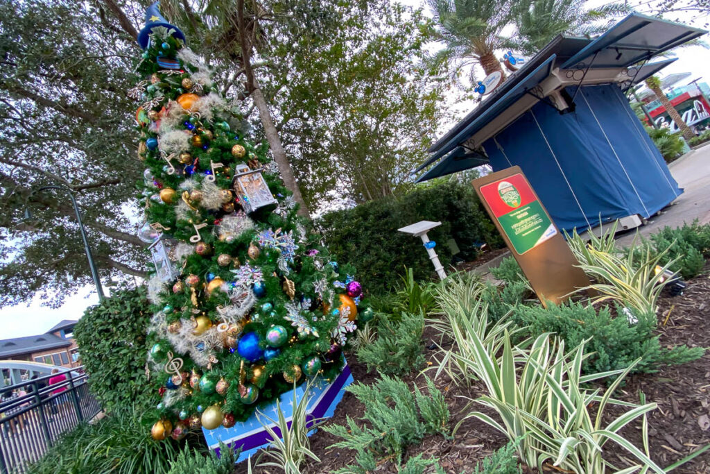 Disney Springs Christmas Tree Stoll 2020 Fantasia