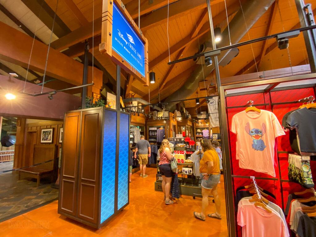 DSMCoOp DCL 2021 Pop Up Store