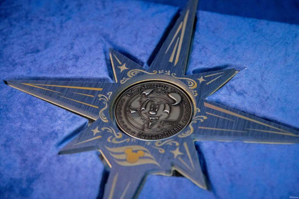 Disney Wish Captain Minnie Keel Coin 3